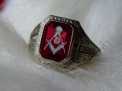 Ostby Barton Master Mason Ring-front view