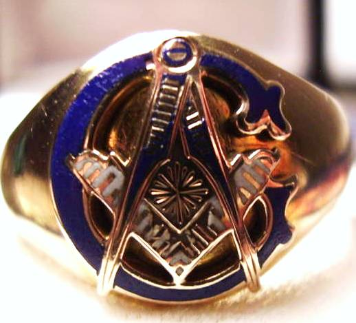 OSTBY BARTON MASONIC RING - Fine workmanship and a piece of history