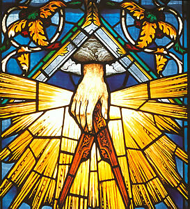 stained glass masonic compasses