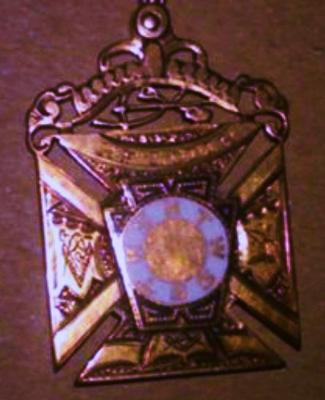 Masonic Pendant- closeup-enhanced